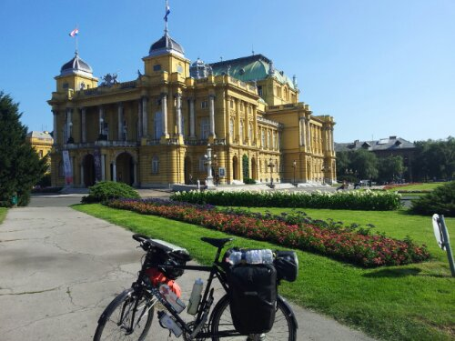 There is some really beautiful buildings in Zagreb