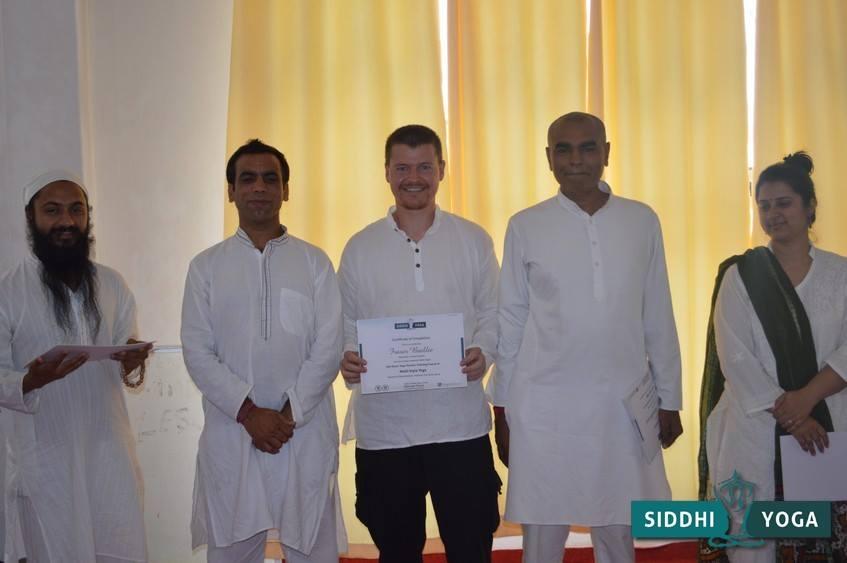 Receiving my certificate. From right to left; Guru Mukh, Mahi, me, Yogesh and Amrita.