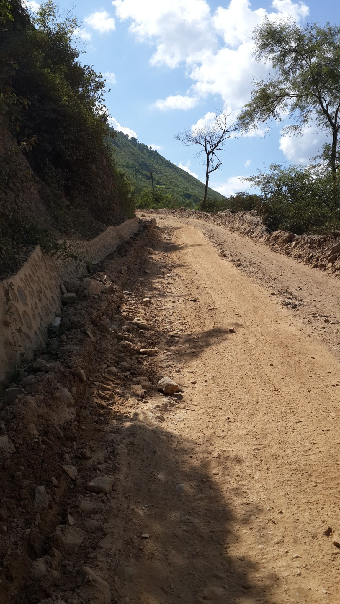 Dirt track to steep to pass.