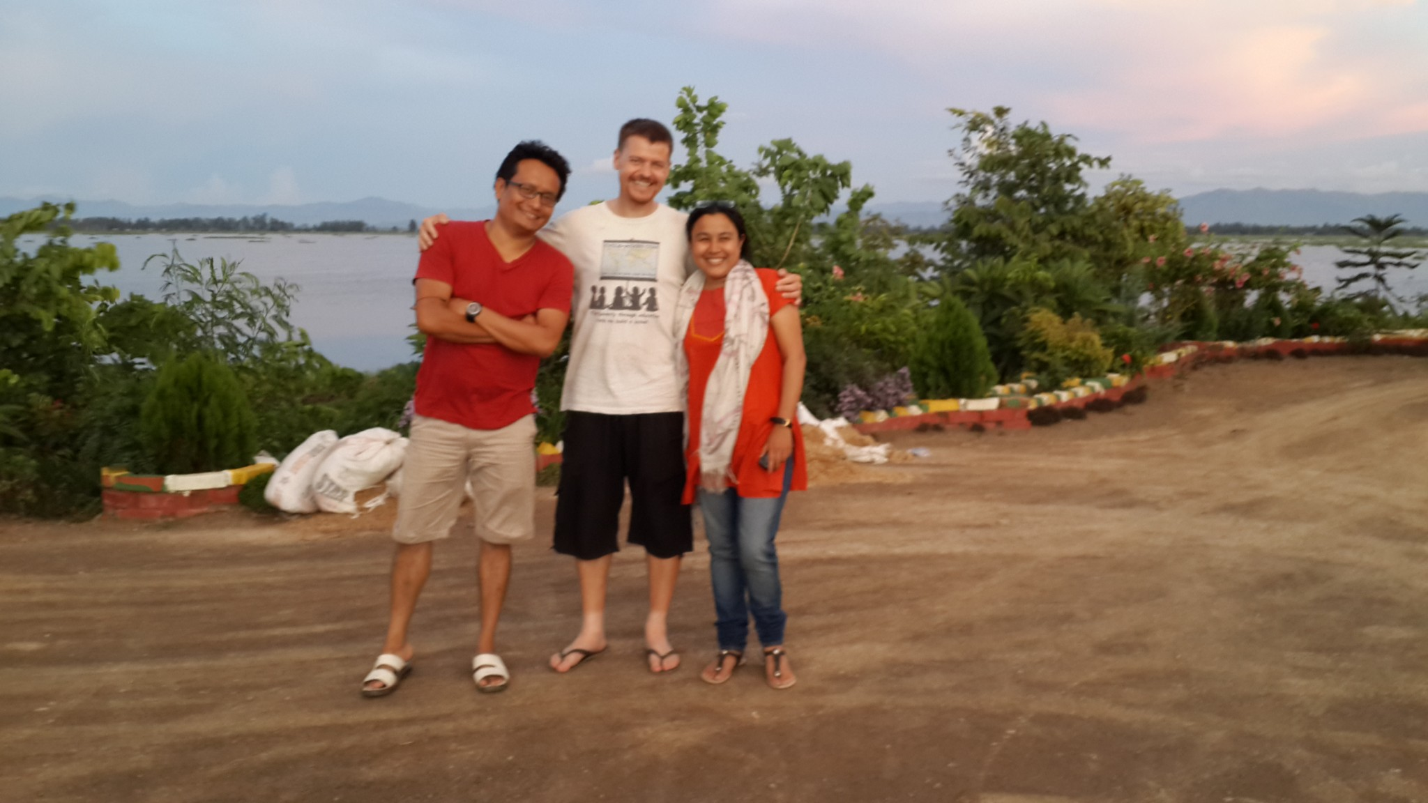 Citesh, me and Sundari, who wrote an article with Porcia, for the local newspaper about my visit.